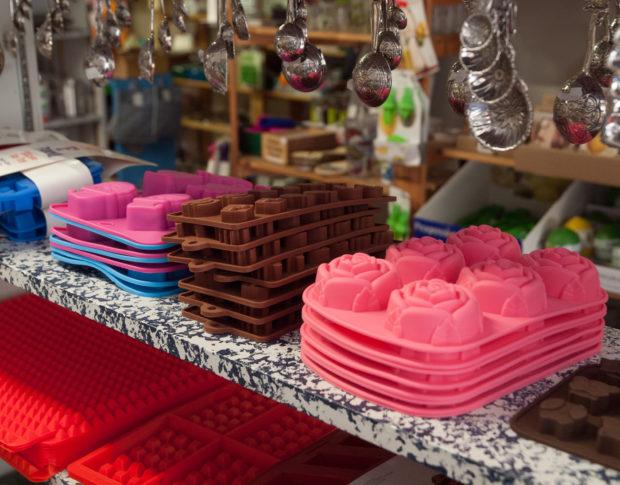 Muffin Pans at Eureka Springs shop